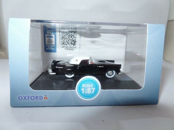 Oxford USA 87TH56006 TH56006 1956 Ford Thunderbird Raven Black Colonial White